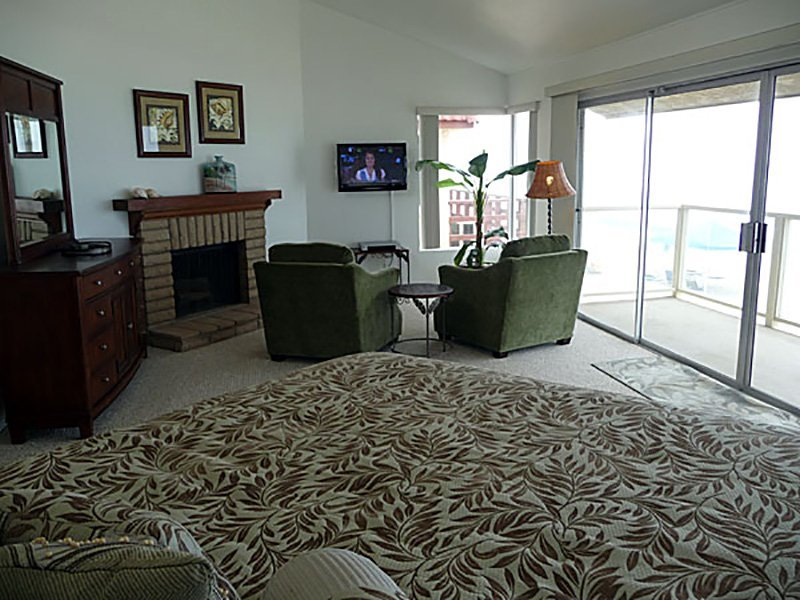 Master Suite - 35305 Beach Road, Dana Point, CA | Beach Road Realty