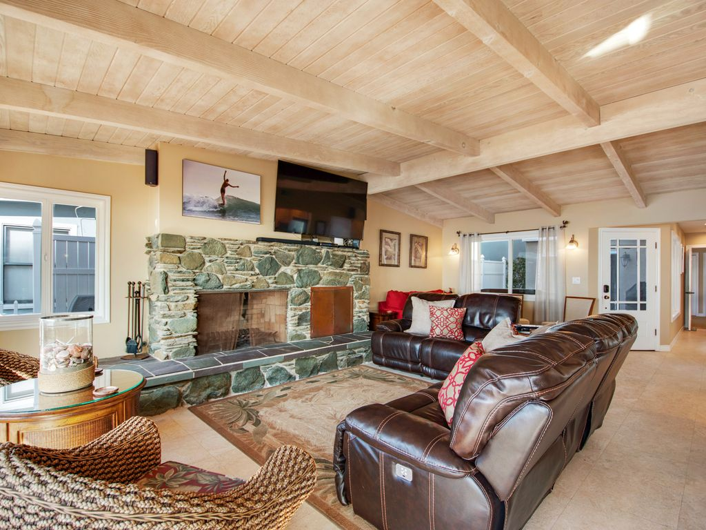 Lower Level Ocean View Living Area - 35119 Beach Road, Dana Point, CA | Beach Road Realty