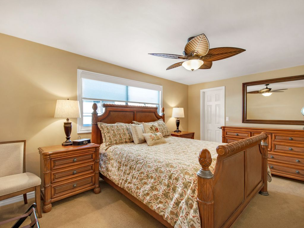 Upper Level California King Bedroom - 35119 Beach Road, Dana Point, CA | Beach Road Realty
