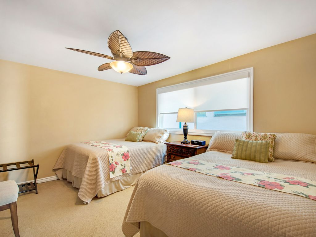 Upper Level Double Bedroom - 35119 Beach Road, Dana Point, CA | Beach Road Realty