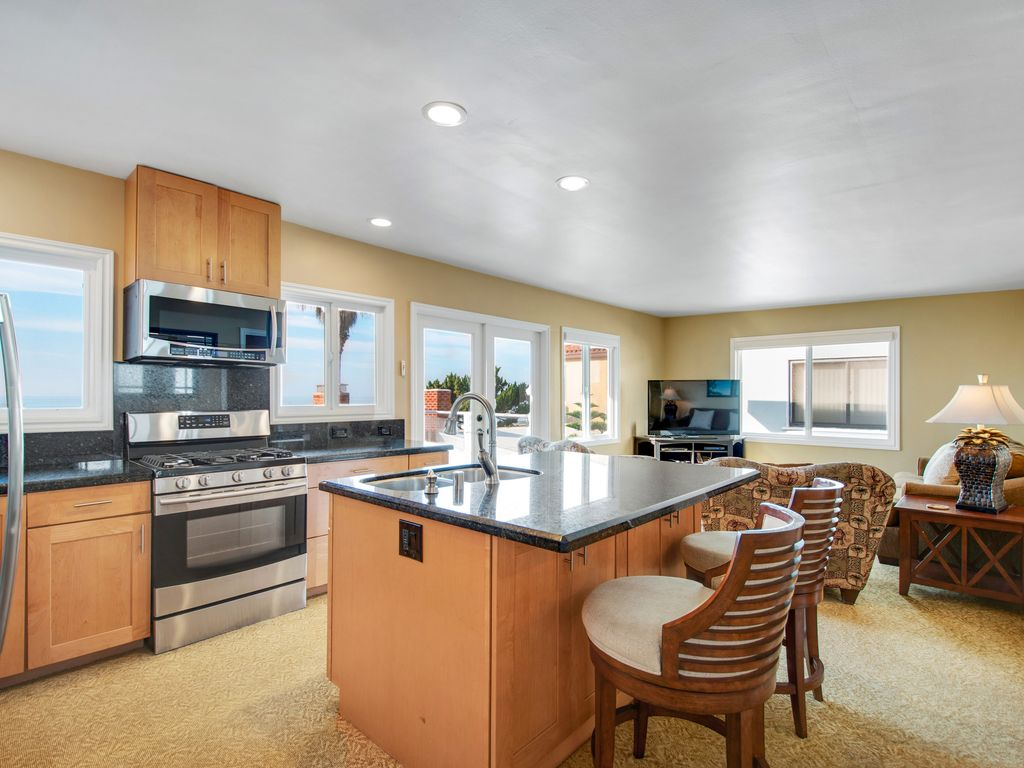 Upper Level Ocean View Kitchen - 35119 Beach Road, Dana Point, CA | Beach Road Realty