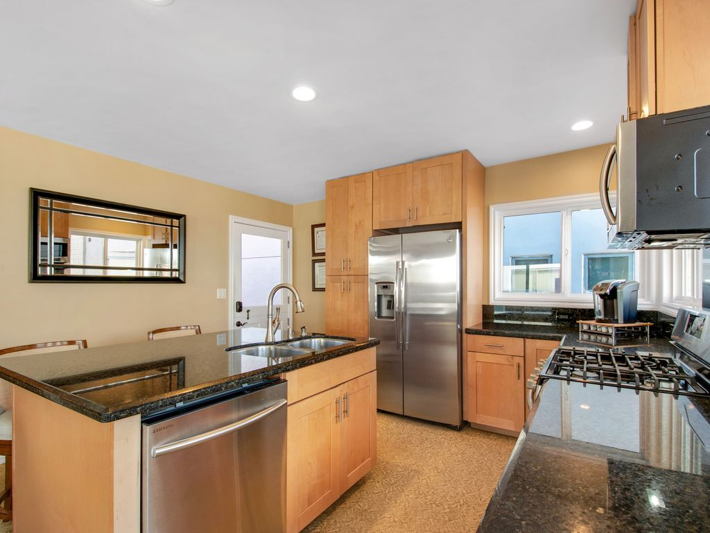 Upper Level Ocean View Kitchen 2 - 35119 Beach Road, Dana Point, CA | Beach Road Realty