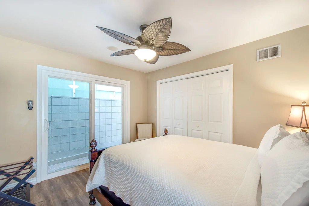 STR #21-1230 Lower Level Queen Bedroom - 35119 Beach Road, Dana Point, CA | Beach Road Realty